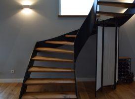 Laiptai ir grindys padengti Osmo 3032 alyva