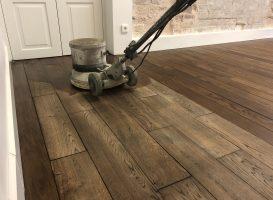 Medinių grindų atnaujinimas, alyvavimas