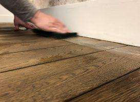 Medinių grindų atnaujinimo darbai