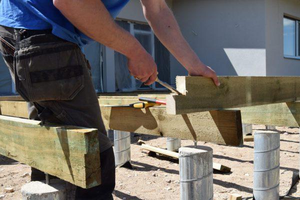 Gręžtiniai poliai. Viengubas karkasas, mediena giluminiu būdu inpregnuota pušis